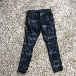 Camo Athleta leggings size Small